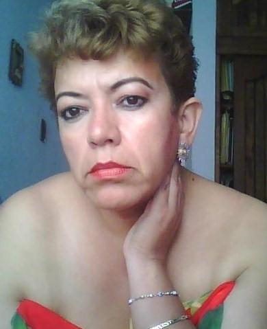 Mujer en Miami busca–352809